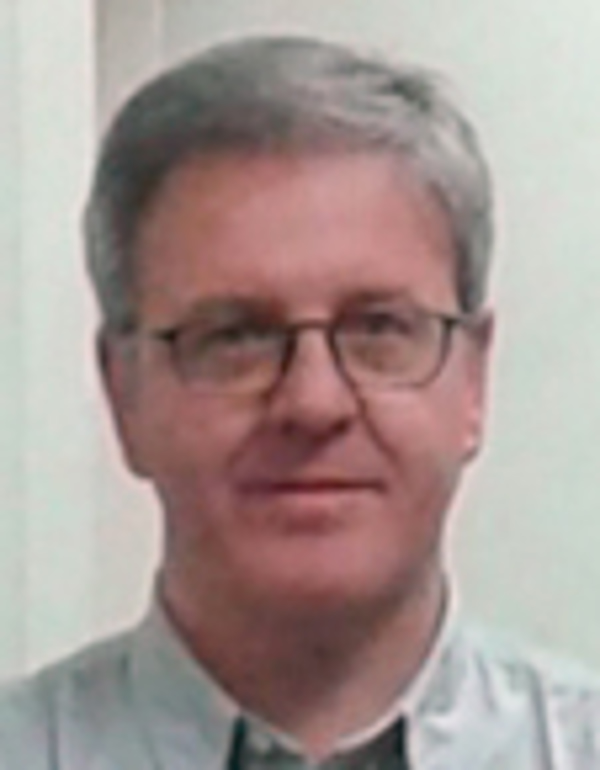 Ricardo Falc�n