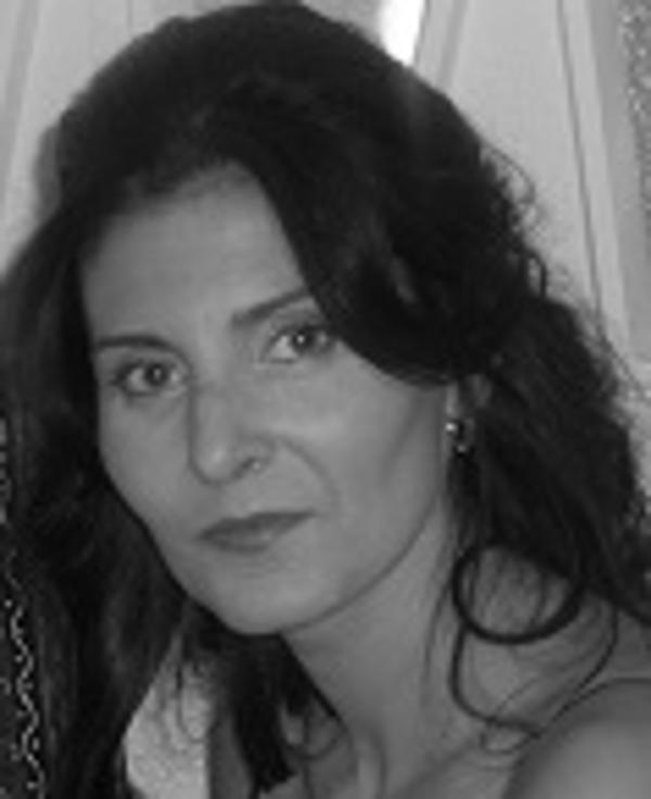 Lola Hernández