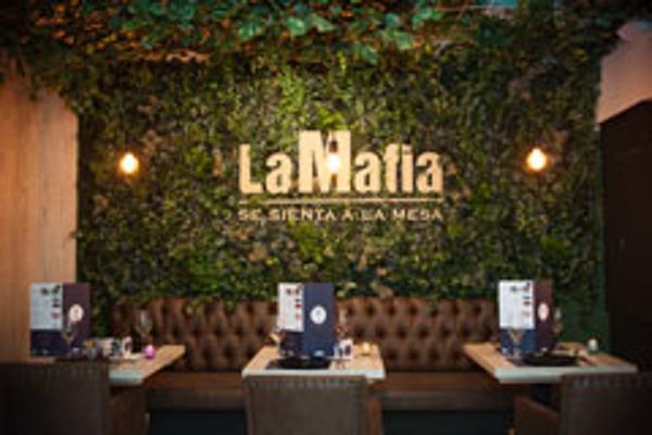 Franquicia La Mafia se sienta a la Mesa