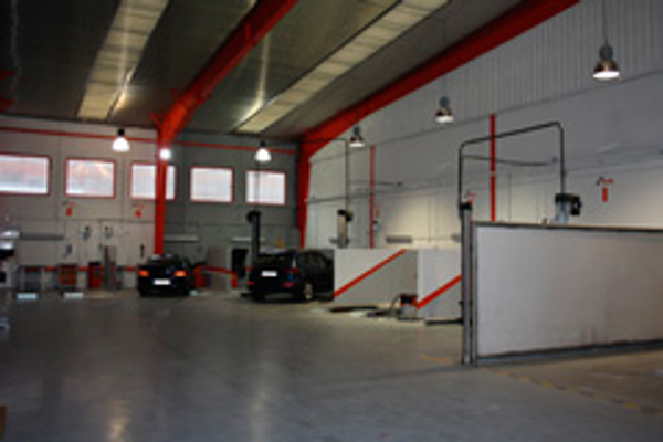 Repara Tu Vehículo inaugura su nueva franquicia en Burgos