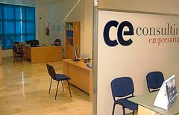 CE Consulting Empresarial inaugura una nueva franquicia en Dos Hermanas