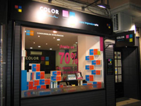 Color Plus suma una nueva franquicia en Alicante