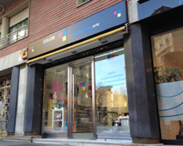 Color Plus inaugura su nueva franquicia Barcelona Eixample