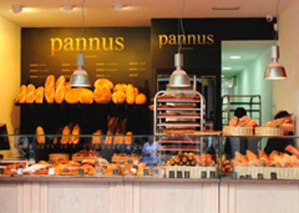 Pannus basa su franquicia en la tradición, la calidad y el servicio