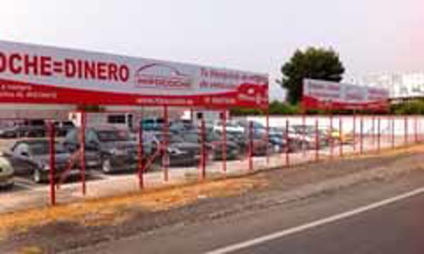 La red de franquicias Hipocoche garantiza la compra del stock al franquiciado