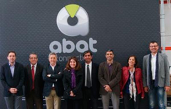 La Universidad de Alicante se interesa por las franquicias Abat Europa