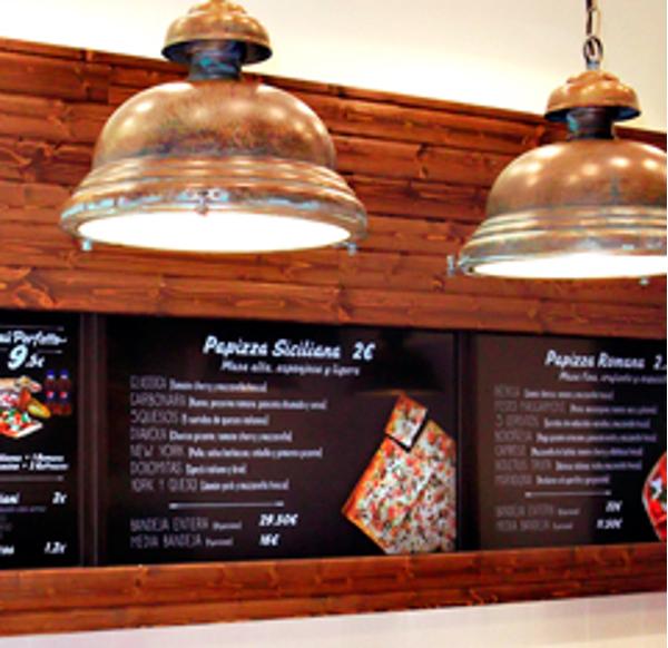 La franquicia PaPizza confía en Adalides para la comunicación en sus puntos de venta
