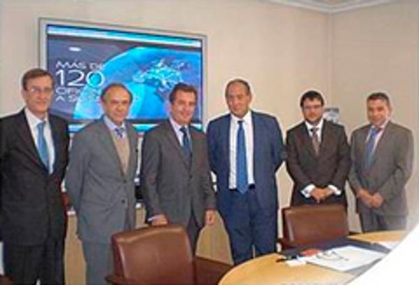 La franquicia CE Consulting Empresarial firma un acuerdo con el Colegio Nacional de Ingenieros