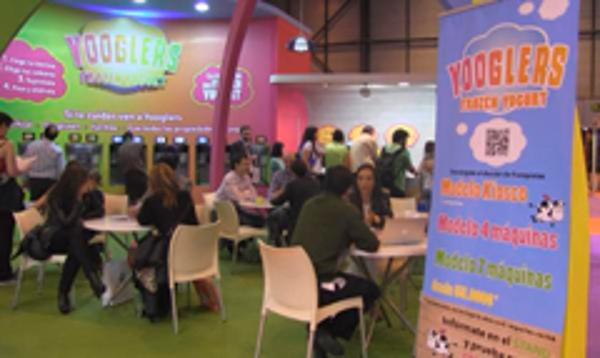 La franquicia Yoogles reparte más de 4.750 tarrinas de yogur helado en Expofranquicia 2013