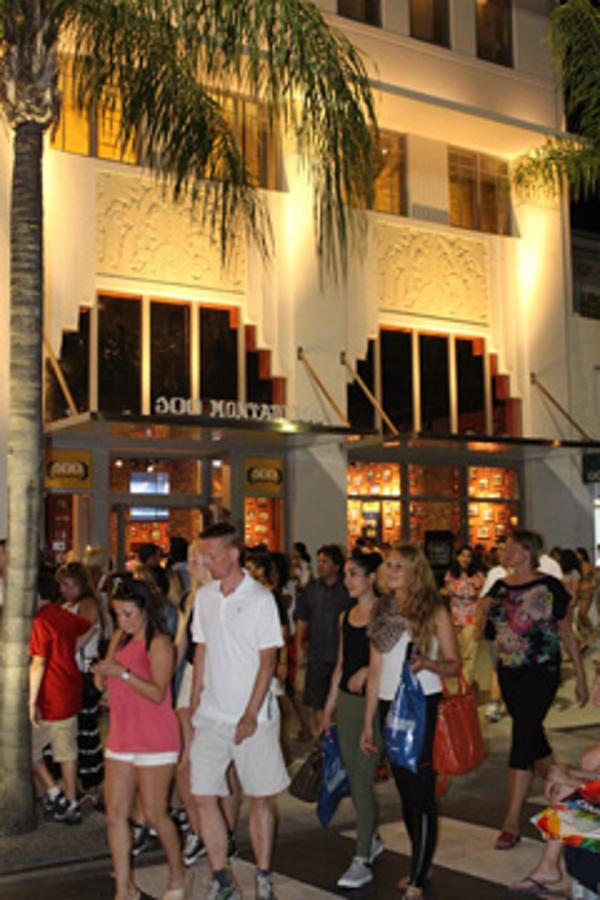 100 Montaditos inaugura franquicia en una de las calles más emblemáticas de Miami