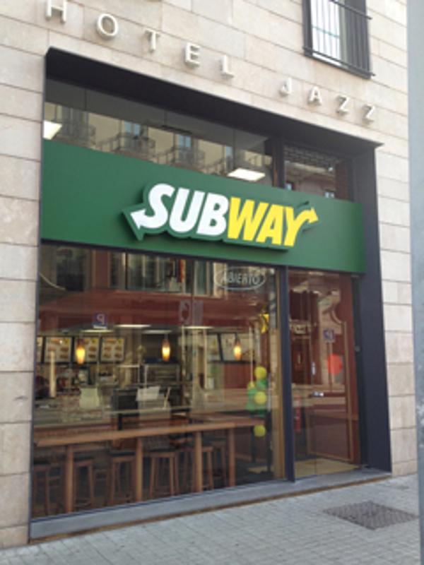 Subway� alcanza las 12 franquicias en Barcelona