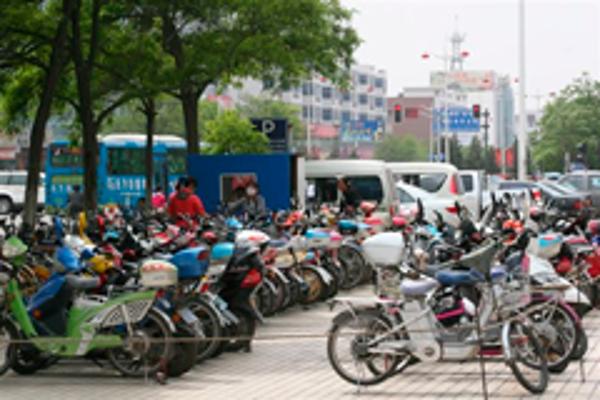 La franquicia Abat Connection y las motocicletas eléctricas van ganando terreno