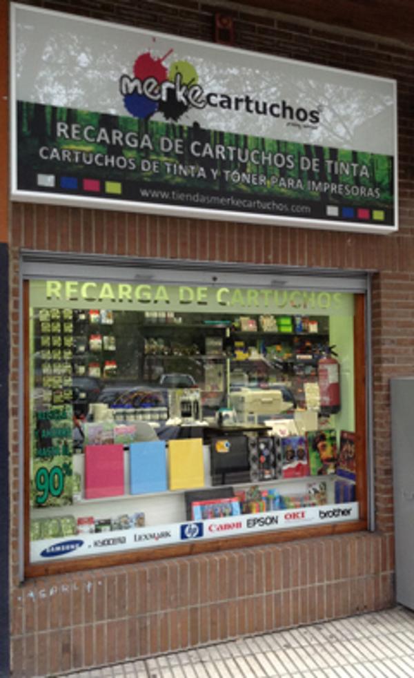 Merkecartuchos inaugura una nueva franquicia en Pamplona