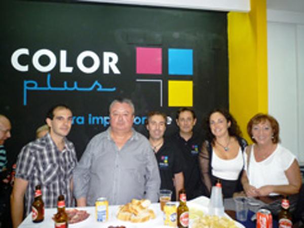 Color Plus Zaragoza Gran Vía inaugura su franquicia