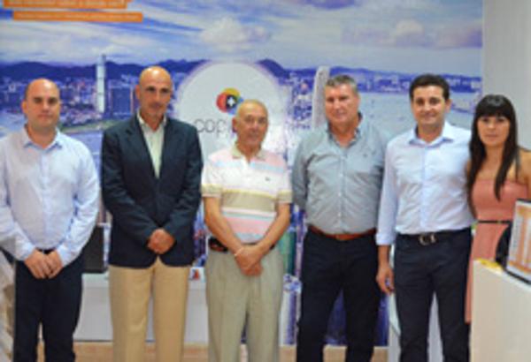 La red de franquicias Copiplus ha abierto un nuevo centro en Huelva capital