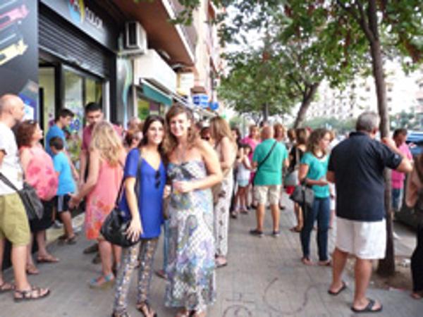 Acolor inaugura exitosamente su nueva franquicia en Valencia