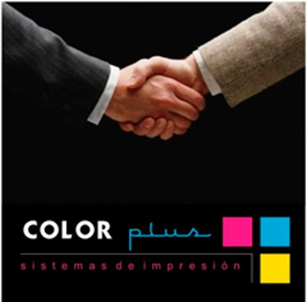 Todos quieren tener acuerdos con la red de franquicias Color Plus