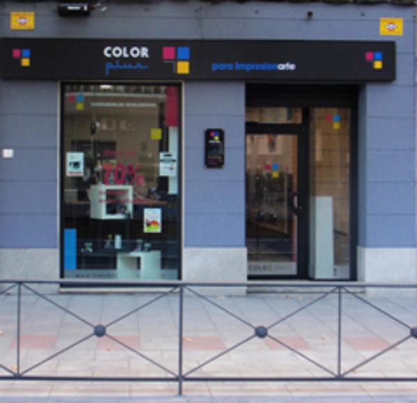 Color Plus abre su nueva franquicia en el madrileño barrio Salamanca