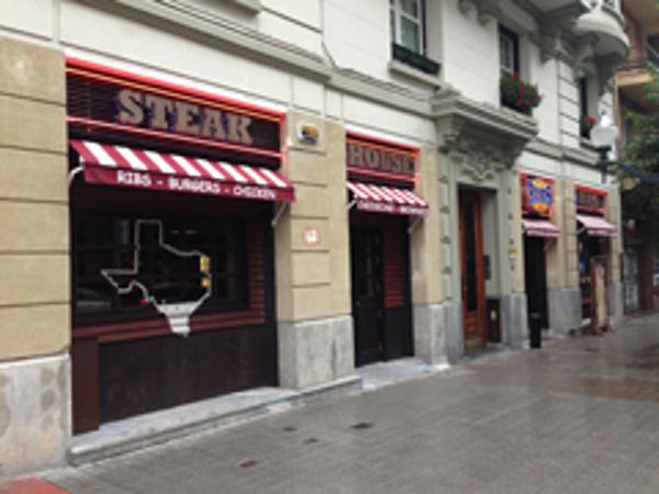 Ribs inaugura su nueva franquicia en Bilbao