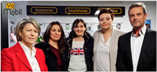 YoMobil, franquicia de telefon�a low cost, inaugura en Guardamar del Segura