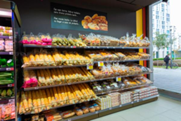 Las franquicias Eroski inauguran un supermercado en el barrio donostiarra de Altza