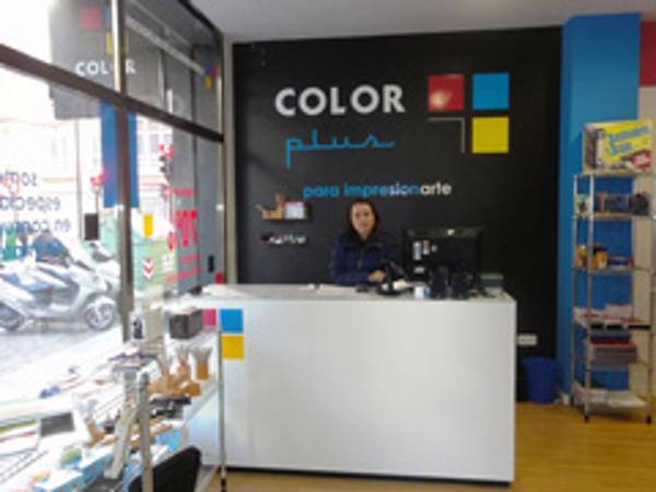 Color Plus abre las puertas de su nueva franquicia en Gandía