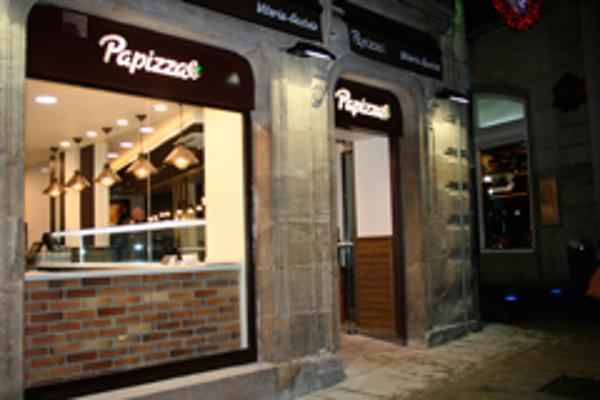 PaPizza alcanza la decena de locales con una nueva franquicia en Vitoria