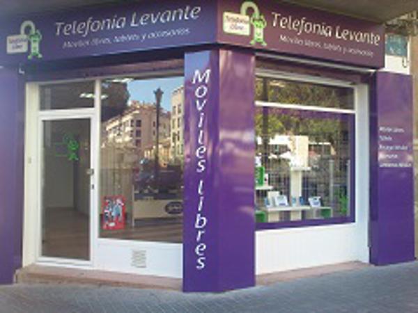 Telefonía Levante es la primera franquicia de smartphones de omportación en España