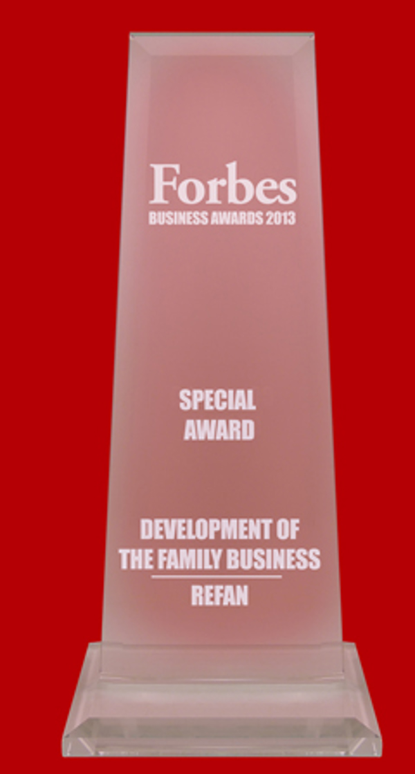 Premio Forbes al mejor negocio familiar para la franquicia Refan