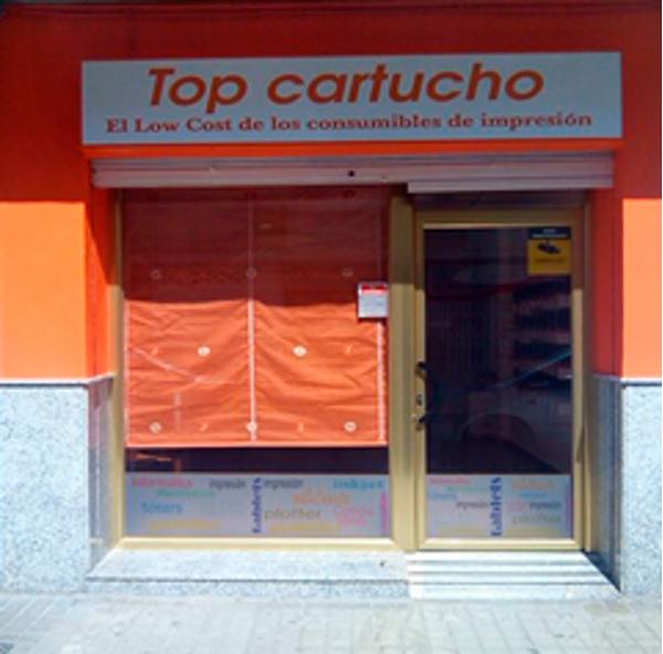La franquicia Top Cartucho en Sedaví aumenta sus ventas en un 32%