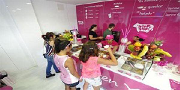 Yogurt Yogurt firma un acuerdo de colaboración con la franquicia Revive Juice Bars