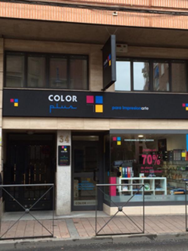 La franquicia Color Plus Talavera de la Reina abre sus puertas