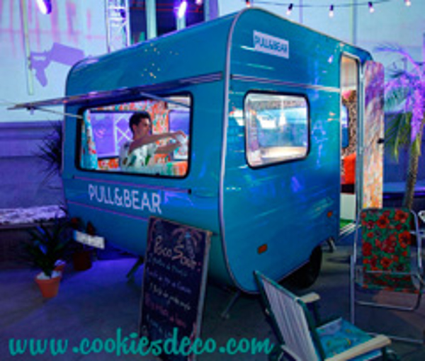 La Caravana de la franquicia Cookies&Deco fué alquilada para la Fiesta que Pull&Bear