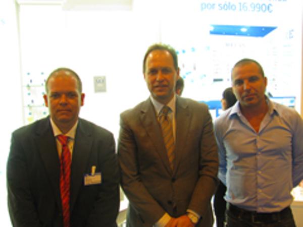 El embajador de Bulgaria destaca el papel de la red de franquicias Refan