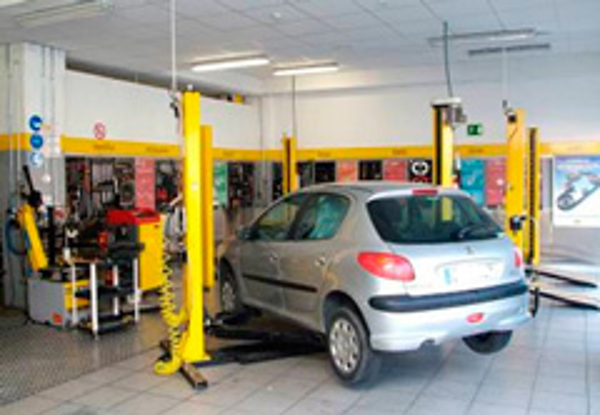 Las franquicias Midas presentan el primer servicio de higienización del aire del automóvil