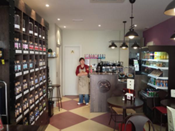 Saboreaté y Café inunda el centro de Alcalá de Henares con una nueva franquicia