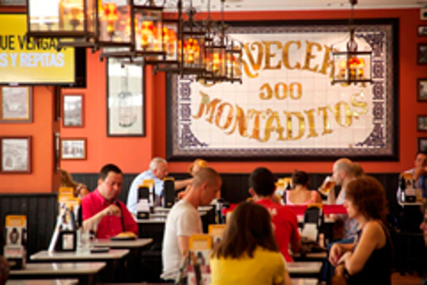 La red de franquicias 100 Montaditos se integra en el Foro de Marcas Renombradas Españolas