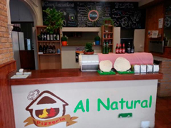 Nueva apertura de las franqucias de pizzería Al Natural en Úbeda