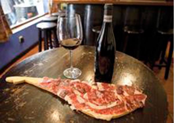 Hasta los Andares, cuenta con cerveza artesanal exclusiva en sus franquicias