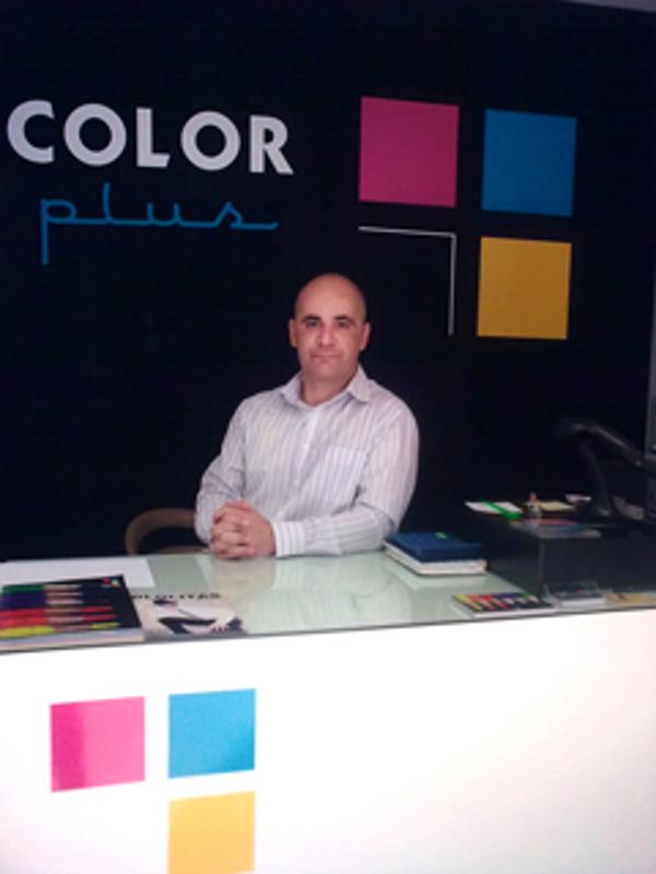La franquicia Color Plus Tenerife cumple cinco años