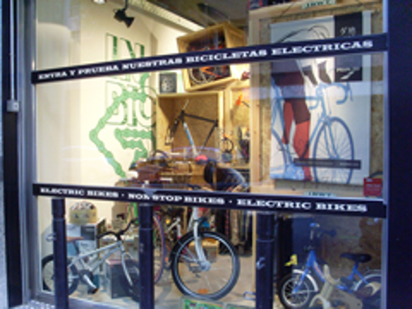 La franquicia In Bicycle We Trust con la Asociación de Padres de Niños con Cáncer de Aragón