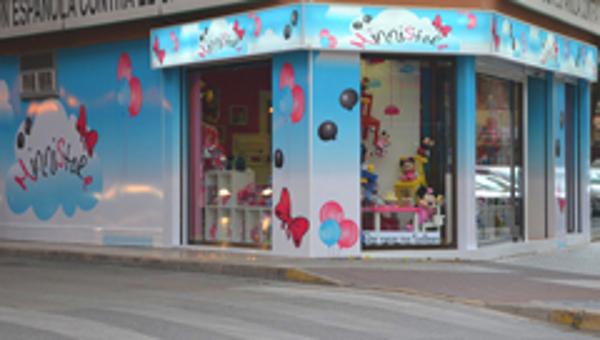 La ilusión y el colorido llegan a la franquicia MinniStore Albacete