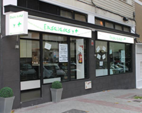 Revive Juice Bars firma un acuerdo con las franquicias Ensaladas y +