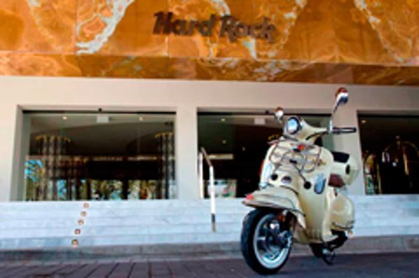 Las franquicias Brújula y Hard Rock Café unen fuerzas