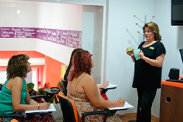 Más de 250 franquiciados reciben formación gratuita de la franquicia La Botica de los Perfumes