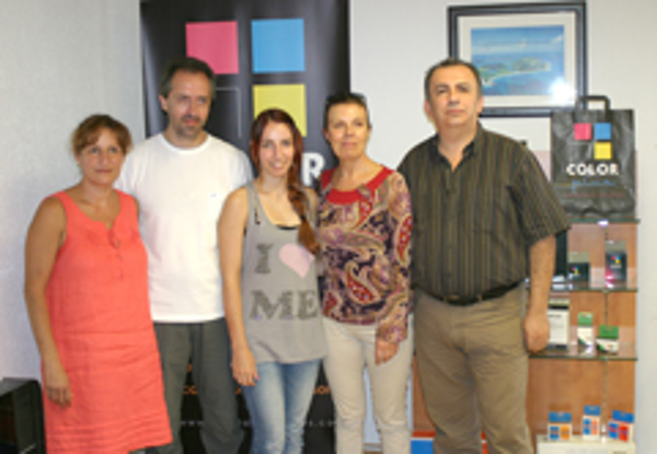 La red de franquicias Color Plus finaliza el curso de formación de Pinto y Vigo