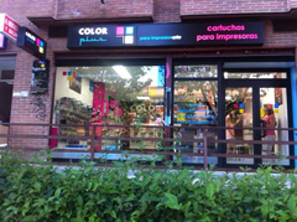 La franquicia Color Plus Madrid San Sebastián de los Reyes, abre sus puertas al público