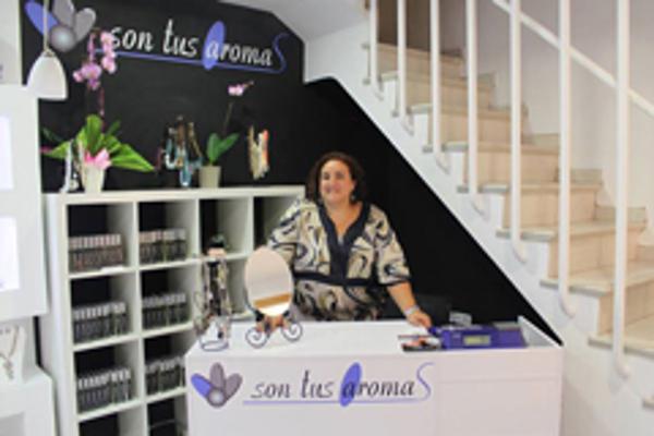 Son Tus Aromas inaugura sendas franquicias de perfumería 'low-cost', en Jávea y Telde