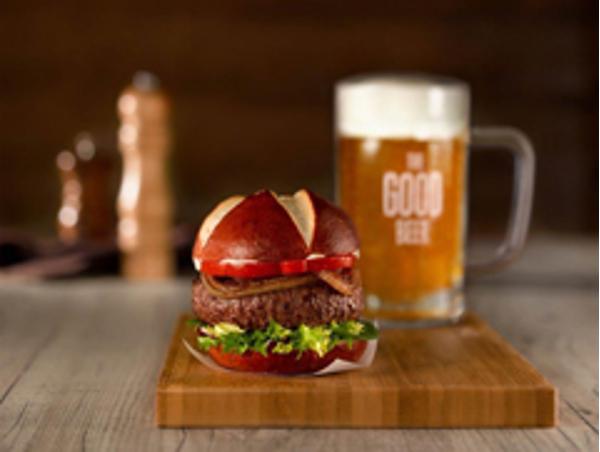 La red de franquicias TGB estrena posicionamiento con la campaña 'Redescubre la hamburguesa'
