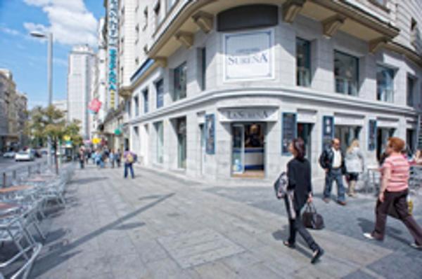 La red de franquicias Restalia firma un acuerdo con la Comunidad de Madrid para colaborar con Carné Joven